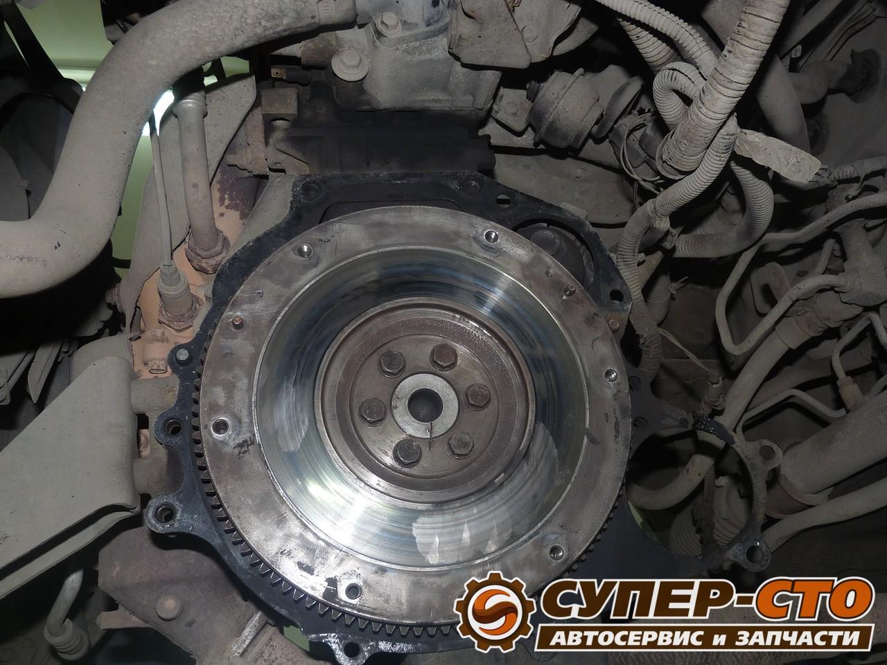 Самостоятельная замена сцепления Nissan Almera N16 27